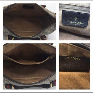 Gucci Bags - Authentic Gucci Vintage Crossbody or Handbag ❤️❤️